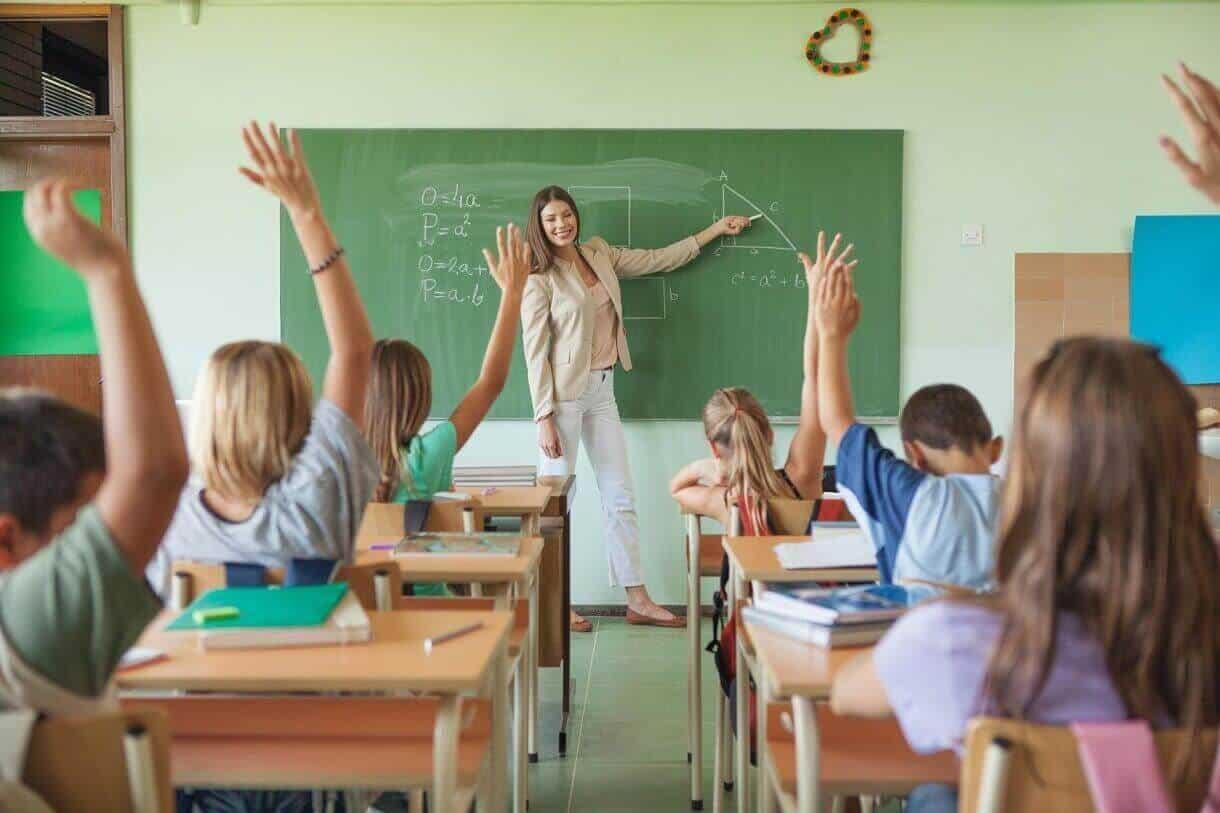 Jeu entre prof et étudiant