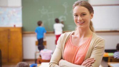 enseignante heureuse