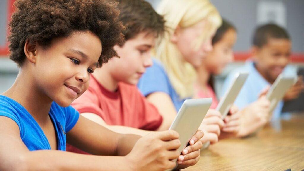 Outils tice pour impliquer les élèves en classe