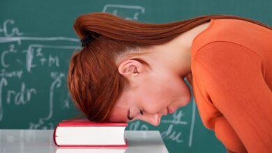 prof épuisé stressé