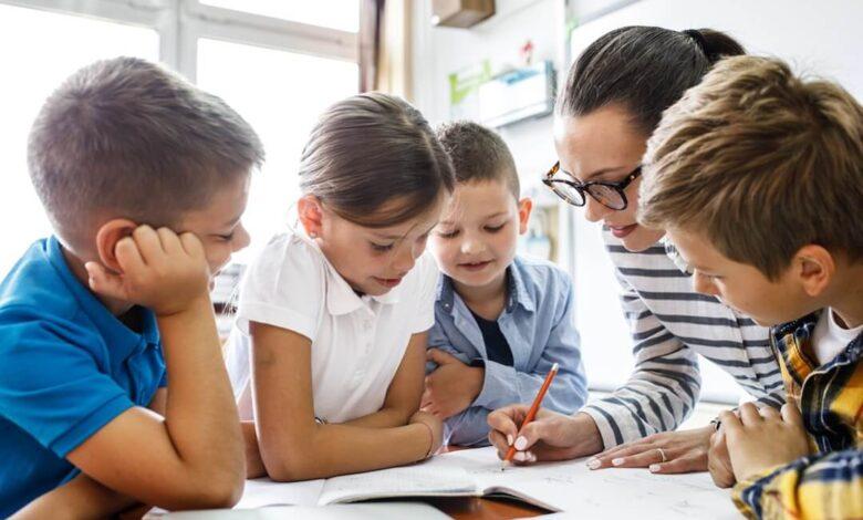 La remédiation pédagogique : définition, types, exemples et stratégies